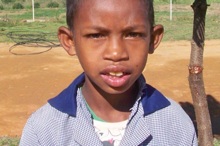 TSILAVINA – 11 ans (G) – MADAGASCAR