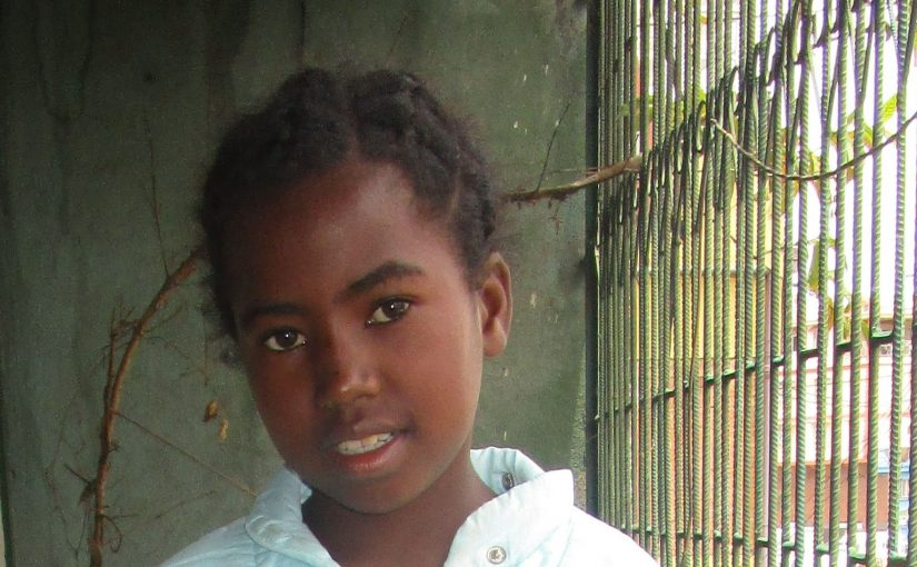 MENDRIKA – 11 ans (F) – MADAGASCAR