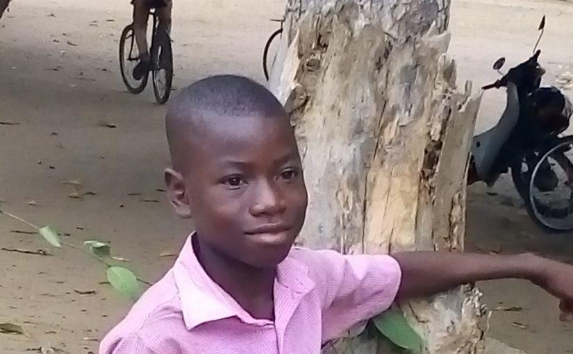 Josué – 12 ans (G) – Togo