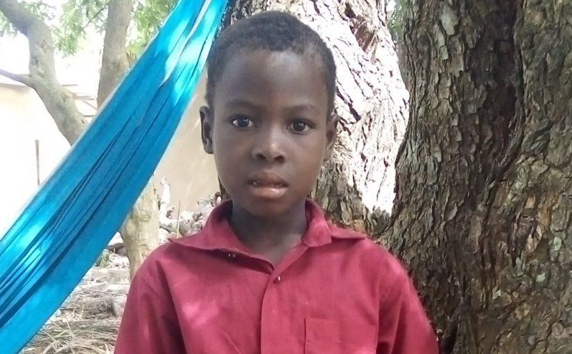 Emmanuel – 6 ans (G) – Togo