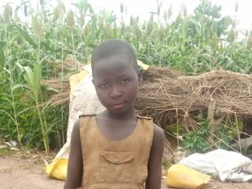 Nibagade – 6/7 ans (F) – Togo Soleil des Nations